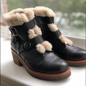 Coach boots with sheep fur lining